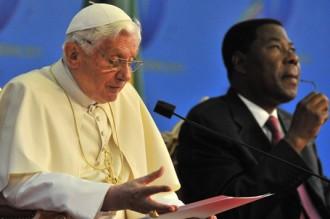 Le pape quitte le Bénin avec sa leçon de morale