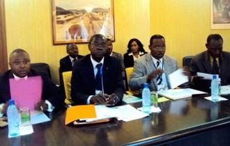 GABON : Raymond Ndong Sima sonne la fin des contrôles auprès des commerces