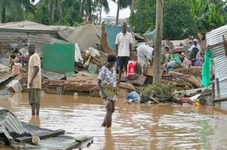GHANA:  Les prêtres coutumiers se barricadent contre les inondations