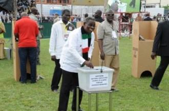 GHANA: Un prophète rejette la victoire du président Atta Mills