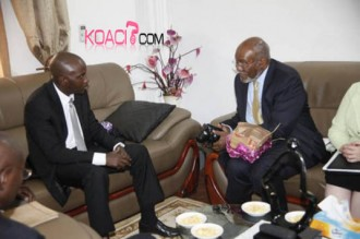 MALI : Johnnie Carson à Bamako : Vigilance américaine sur la situation politique et sécuritaire au Mali
