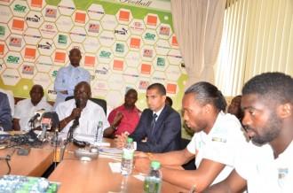 COTE D'IVOIRE : Devant la presse, la FIF assume le choix de Lamouchi,  Drogba parle de retraite