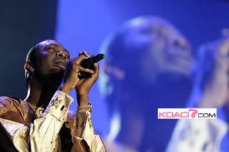 Youssou dément vouloir se présenter à la présidentielle de 2012