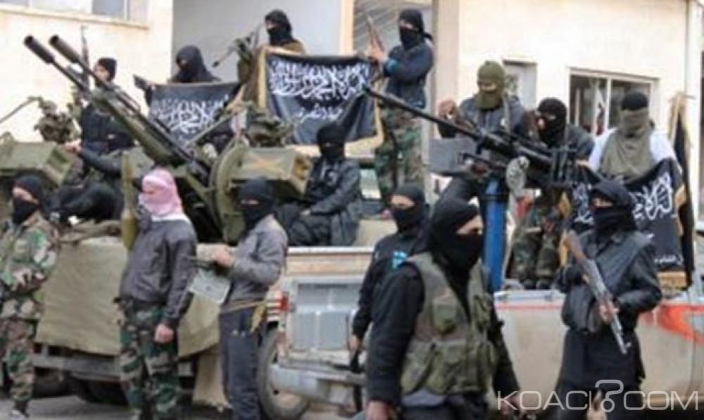 Libye  : Cinq militaires tués  dans des violences  à Benghazi