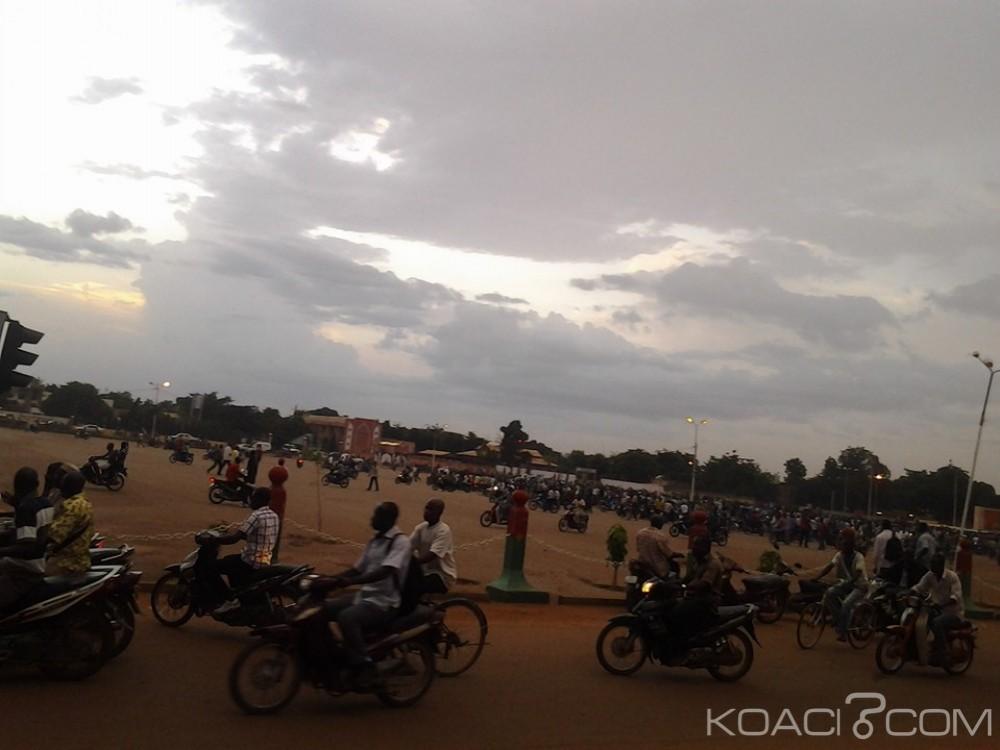 Burkina Faso : Le président Michel Kafando et le premier ministre retenus par des soldats au Camp du RSP
