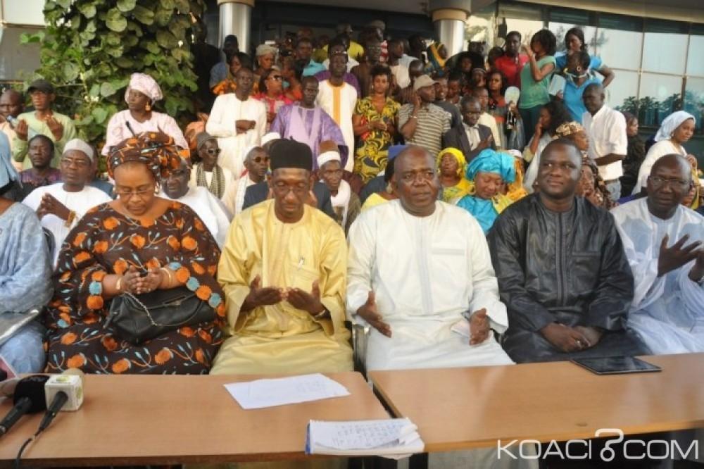 Sénégal: Référendum, l'opposition rejette le couleur rose du bulletin du NON attribuée à l'homosexualité