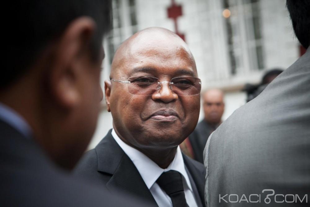 Madagascar: Démission en bloc du gouvernement dirigé par Jean Ravelonarivo