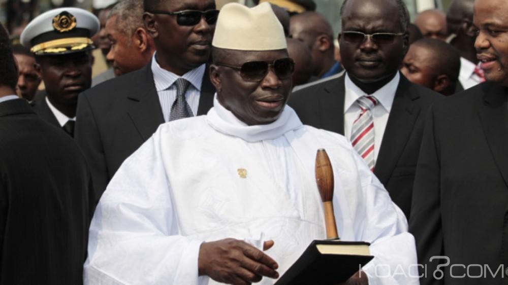 Gambie: Yaya Jammeh interdit les appels téléphoniques gratuits la nuit