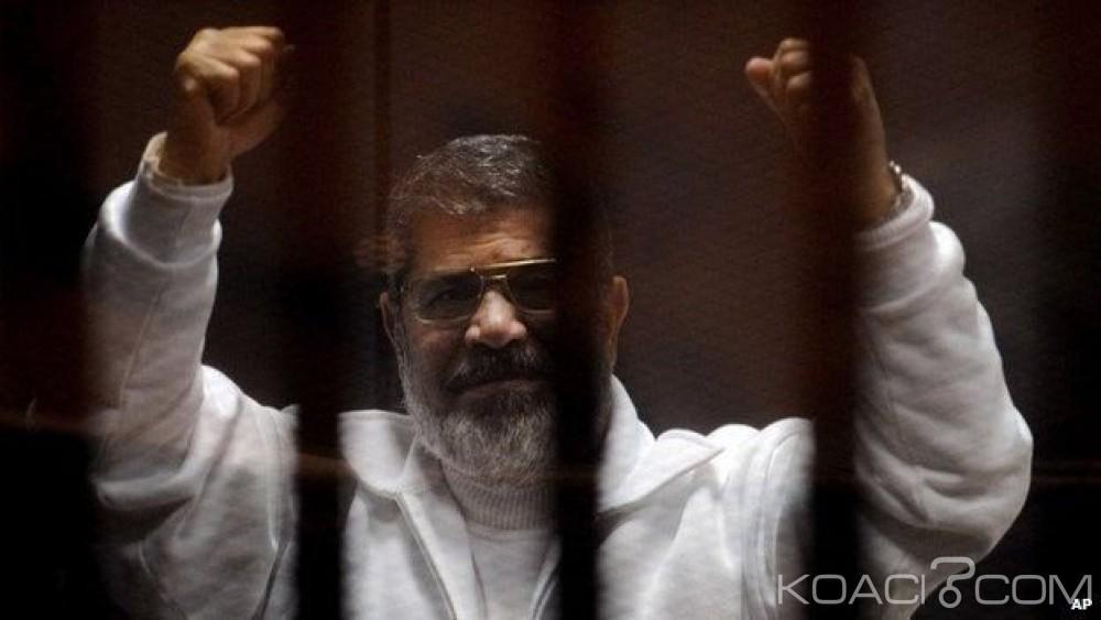 Egypte: Le verdict du procès de Mohamed  Morsi accusé d'«espionnage»  reporté
