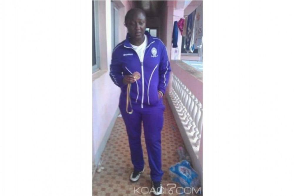 Cameroun: Une footballeuse meurt avant le coup d'envoi d'un match de championnat féminin