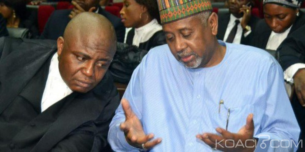 Nigeria:  Scandale de corruption,  Sambo Dasuki accuse le Président de le poursuivre  pour de vieux griefs