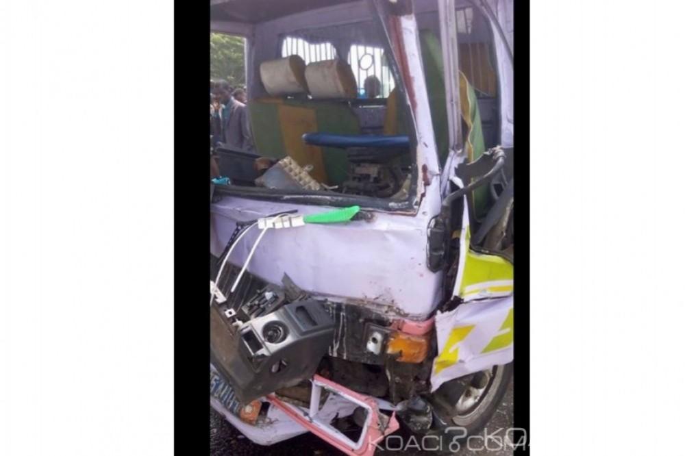 Côte d'Ivoire: 2 minicars entrent en collision  à Abobo ,1 mort et 4 blessés graves
