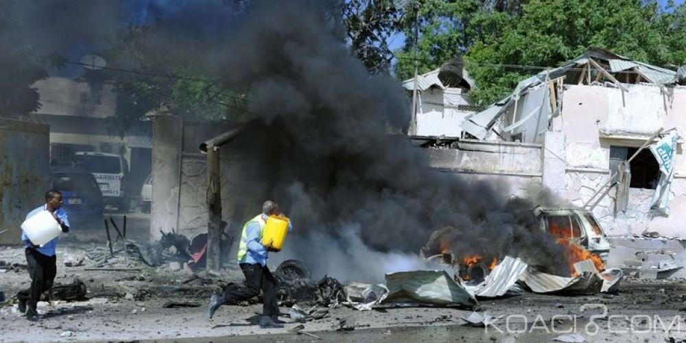 Somalie: Une double attaque suicide fait  au moins 13 morts près de l' aéroport de Mogadiscio