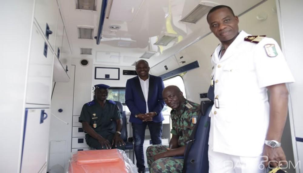 Côte d'Ivoire: Bataille pour le contrôle de la  mairie du plateau, Sawegnon marque des «points», en  offrant  des ambulances à l'armée