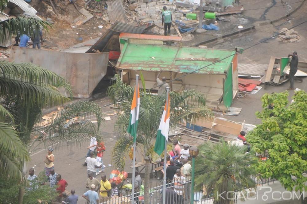 Côte d'Ivoire: Les bulldozers détruisent le marché de la rue des banques du Plateau