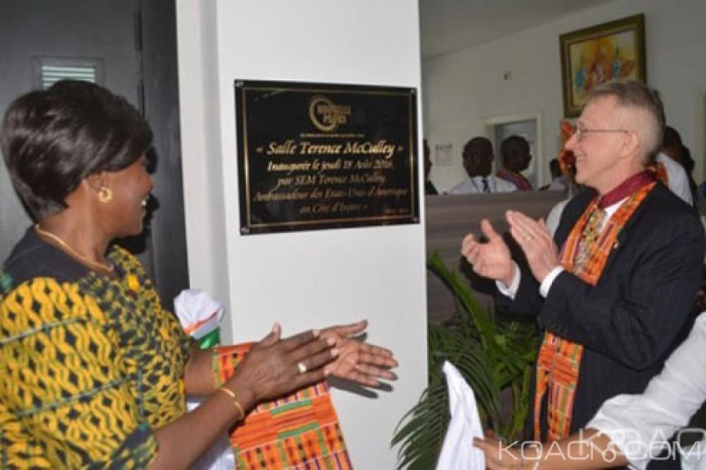 Côte d'Ivoire: La salle de conférence de la Nouvelle Pharmacie de la Santé Publique, portera le nom du désormais ex ambassadeur des USA