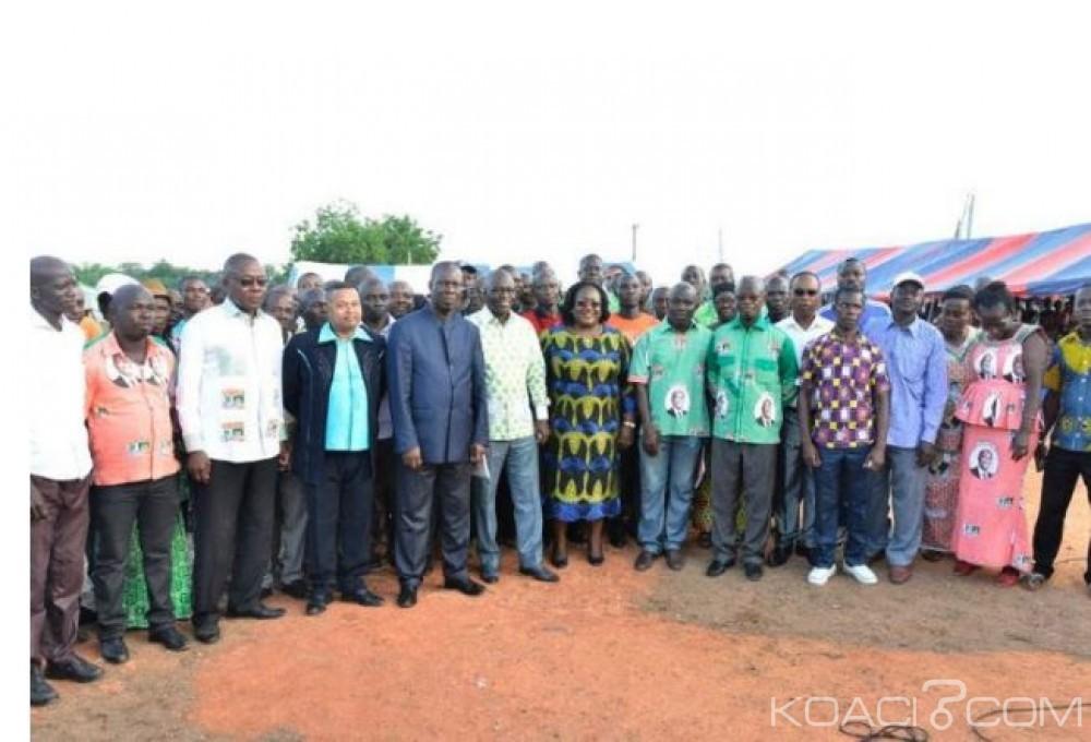 Côte d'Ivoire: Référendum, Anne Ouloto fait campagne pour le «Oui» à Taabo et à Pacobo