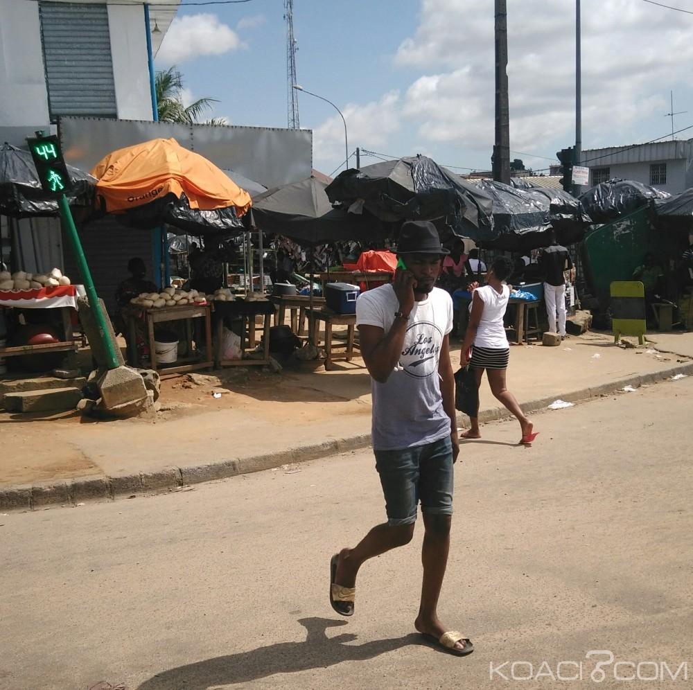 Côte d'Ivoire: Piétons connectés en pleine chaussée, pourquoi s'obstiner à traverser avec le téléphone à l'oreille ?