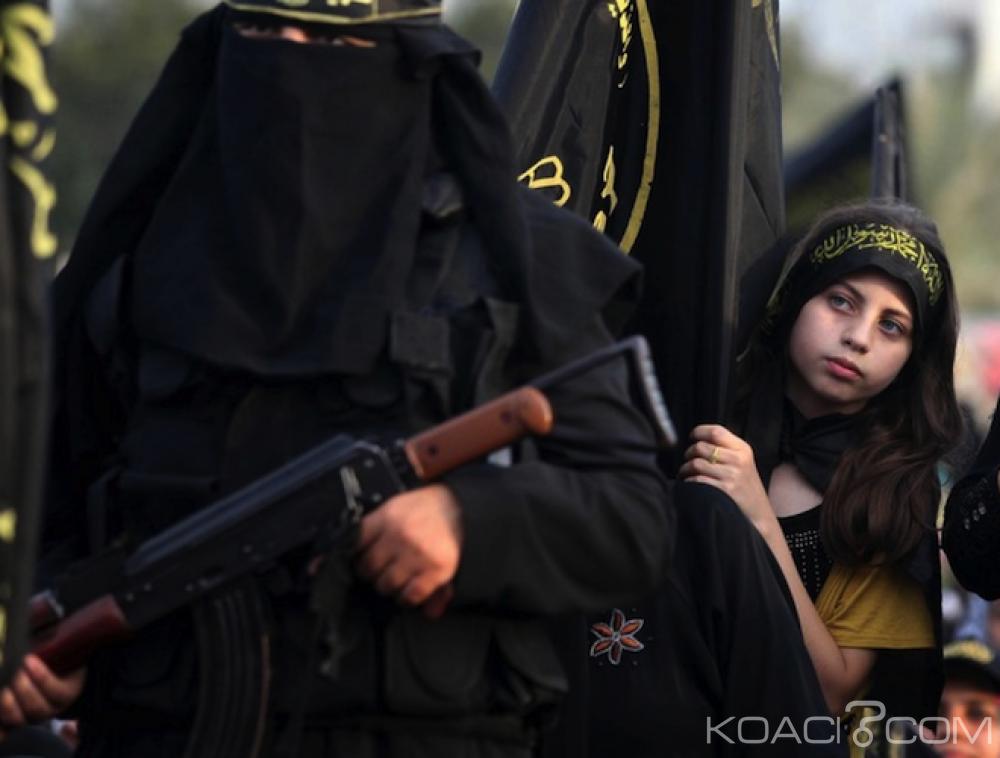 Libye: Des jihadistes offrent  des kalachnikovs ou des explosifs  pour la dot de leurs épouses