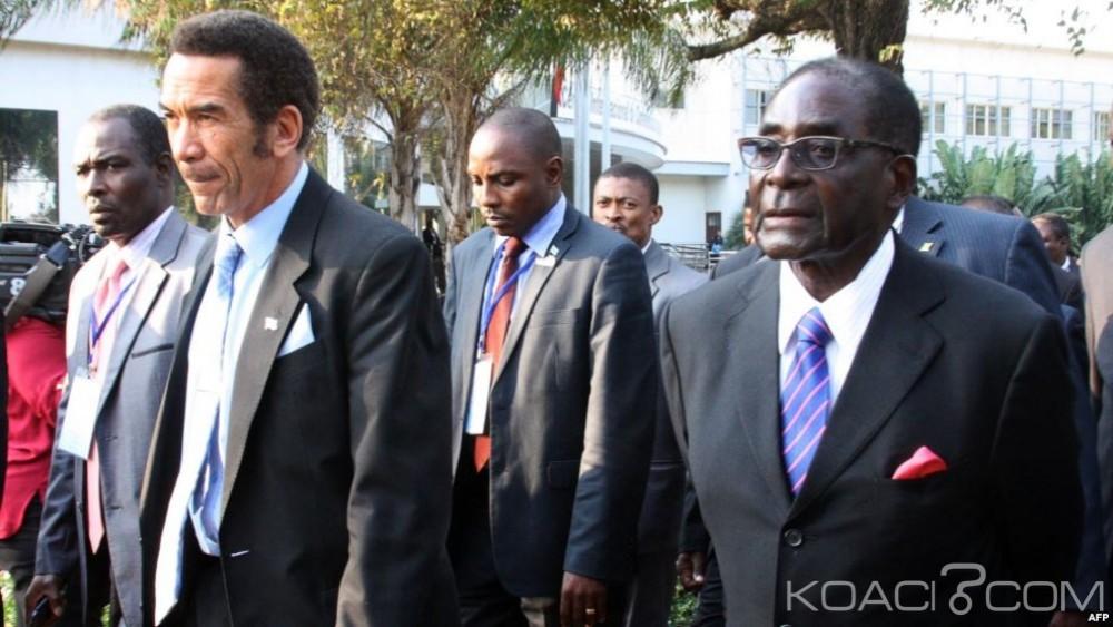 Botswana-Zimbabwe: Ian Khama demande le départ sans délai de Robert Mugabe