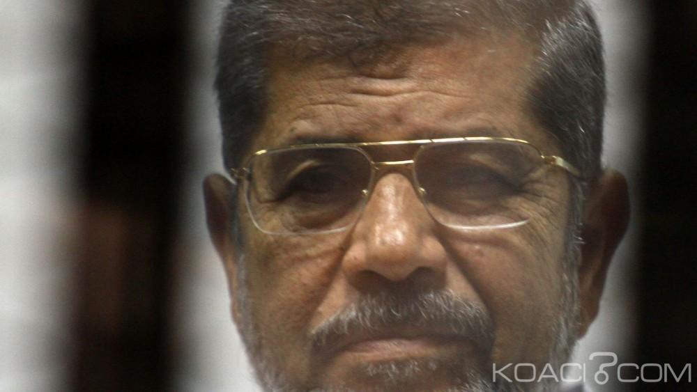 Egypte: 20 ans de prison  pour Mohamed Morsi