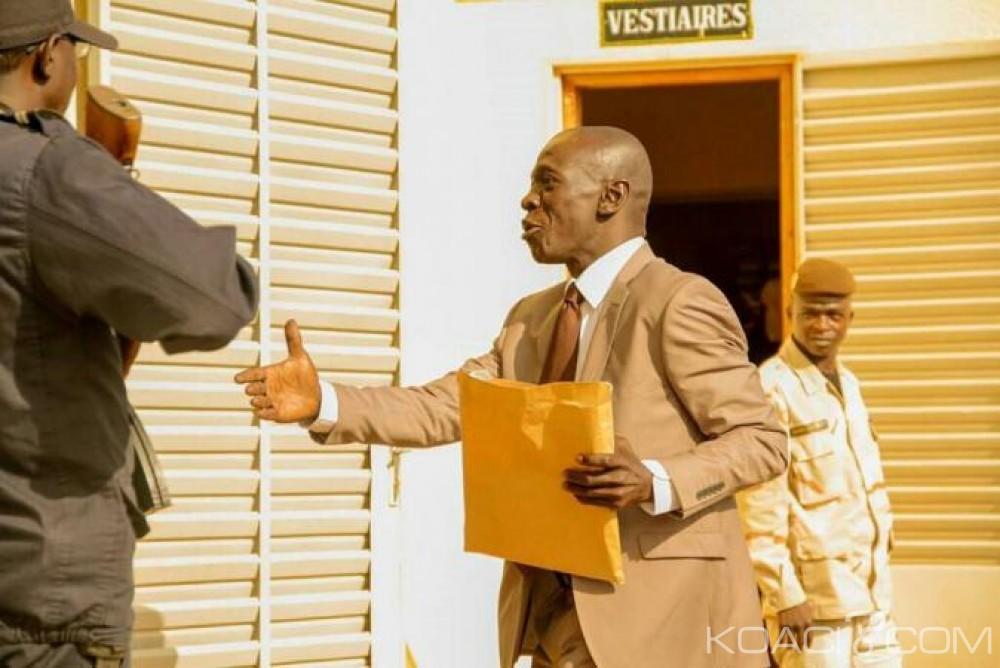 Mali:  Le Général Amadou Sanogo propose de payer tous  les avocats de la défense