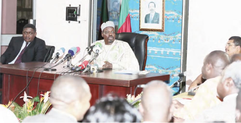 Cameroun: Hostiles aux réseaux sociaux, les autorités veulent traquer  les cybers activistes même dans les pays étrangers