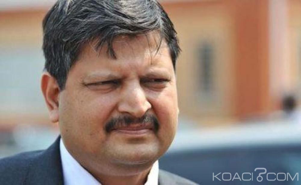 Afrique du Sud: La famille Gupta accuse le ministre des finances de diffamation