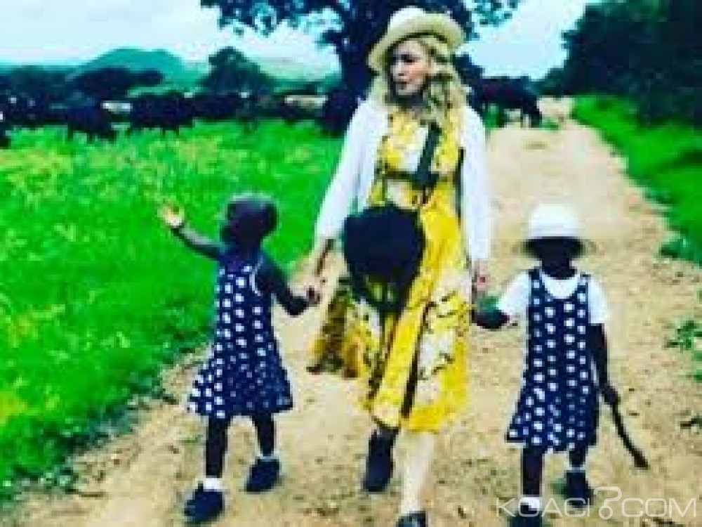 Malawi: Madonna critiquée  par des ONG après l'adoption de deux jumelles