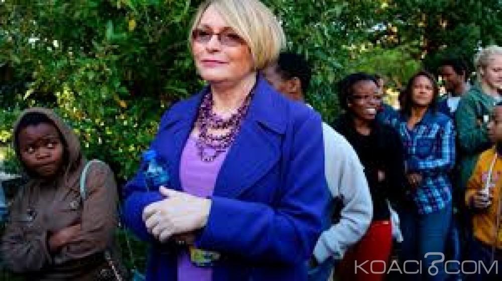 Afrique du Sud:  L'ancienne patronne du DA «sous discipline» pour avoir vanté le colonialisme sur Twitter