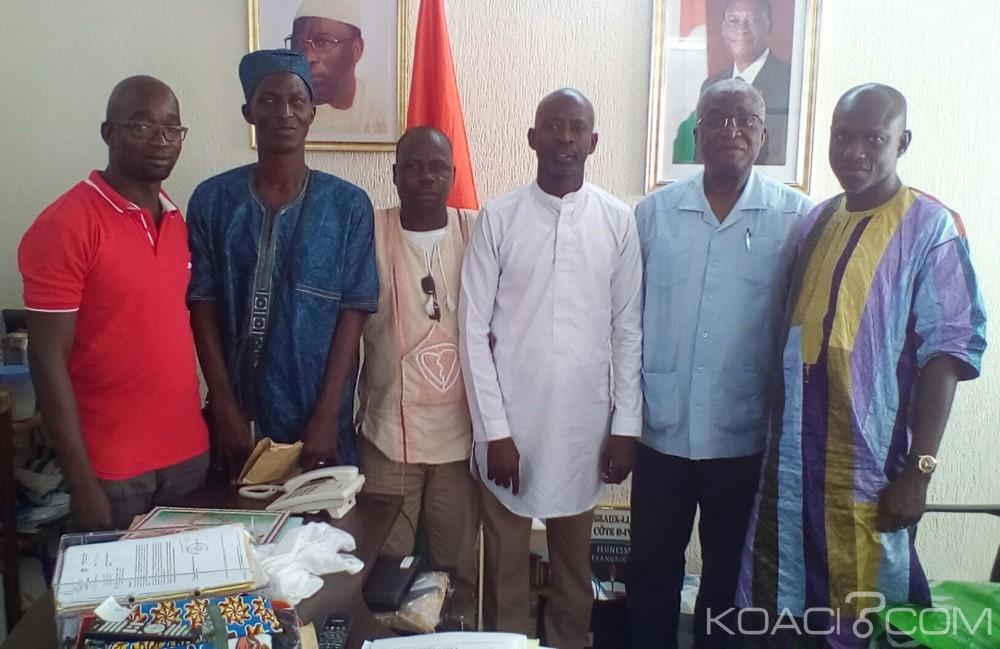 Côte d'Ivoire: Le groupe  focal du MAEP rend visite  au maire Djibo Nicolas