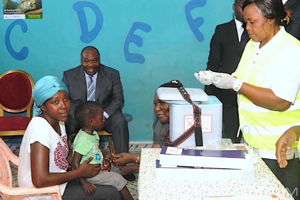 Gabon: Le pays en guerre contre la Rougeole, Ali et Sylvia Bongo à Lambaréné pour encourager la campagne de vaccination gratuite