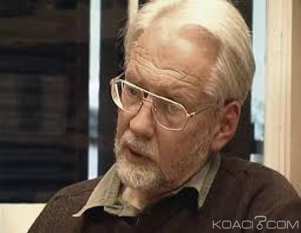 Afrique du Sud: Karel Schoeman, auteur de la «saison des adieux» met fin à ses jours