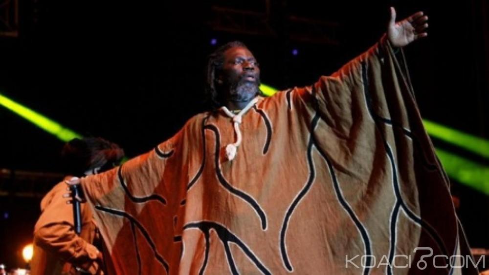 Côte d'Ivoire: Sorti de l'album «3ème dose» de Tiken Jah, une invite aux présidents africains au respect des constitutions non favorables au troisième mandat