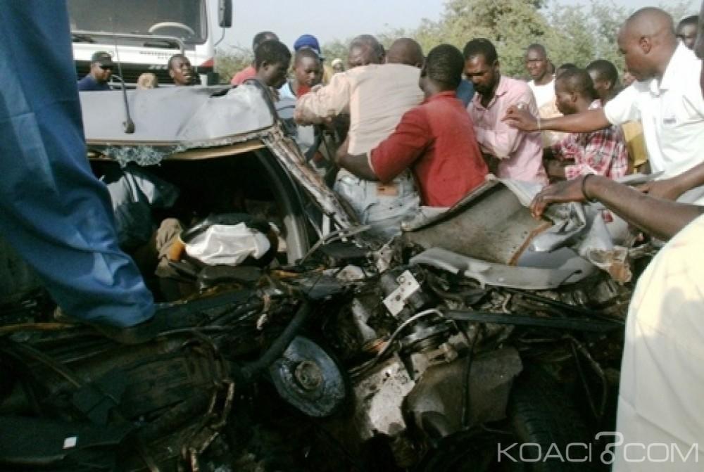 Guinée: Collision entre un minibus surchargé et un camion, le bilan  passe à 23 morts
