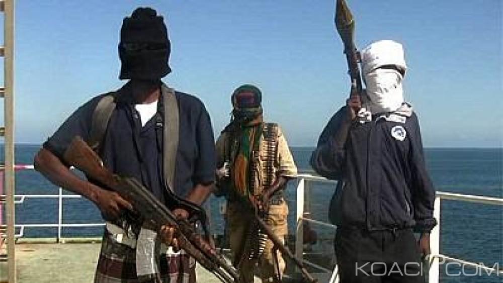 Somalie:  Des pirates détournent un bateau iranien avec tous ses membres d'équipage