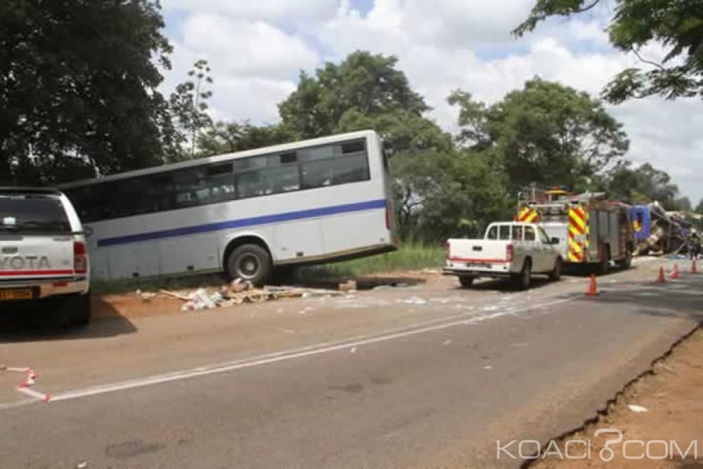 Zimbabwe: Un bus perd le contrôle et  fonce dans un arbre , 43 morts