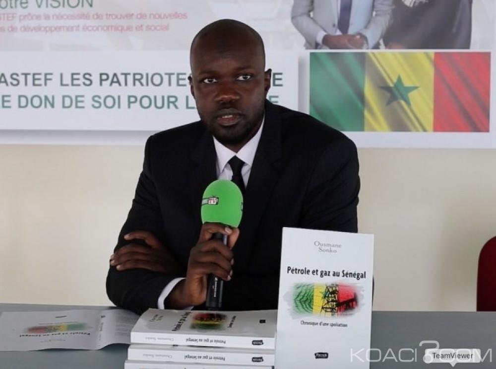 Sénégal : La vente du livre de l'opposant Sonko sur le pétrole et le gaz du pays finalement  autorisée
