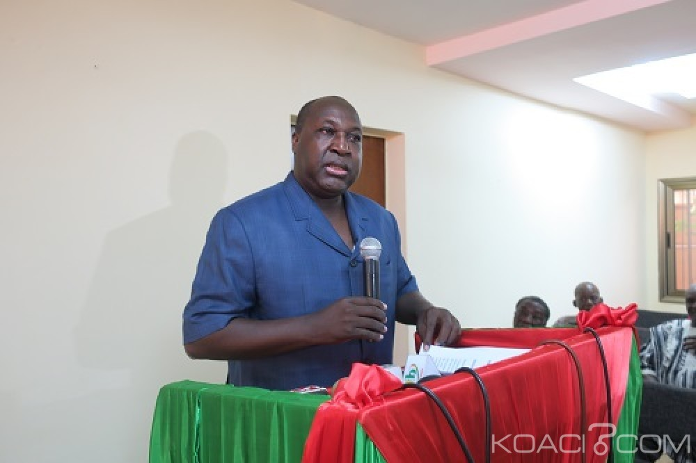 Burkina Faso: L'opposition dénonce un «pillage de ressources publiques»  en gestation