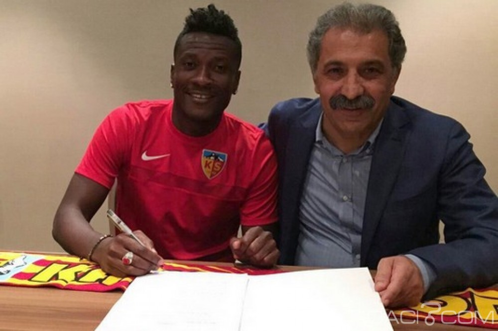 Ghana: Asamoah Gyan signe un contrat avec Kayserispor en Turquie