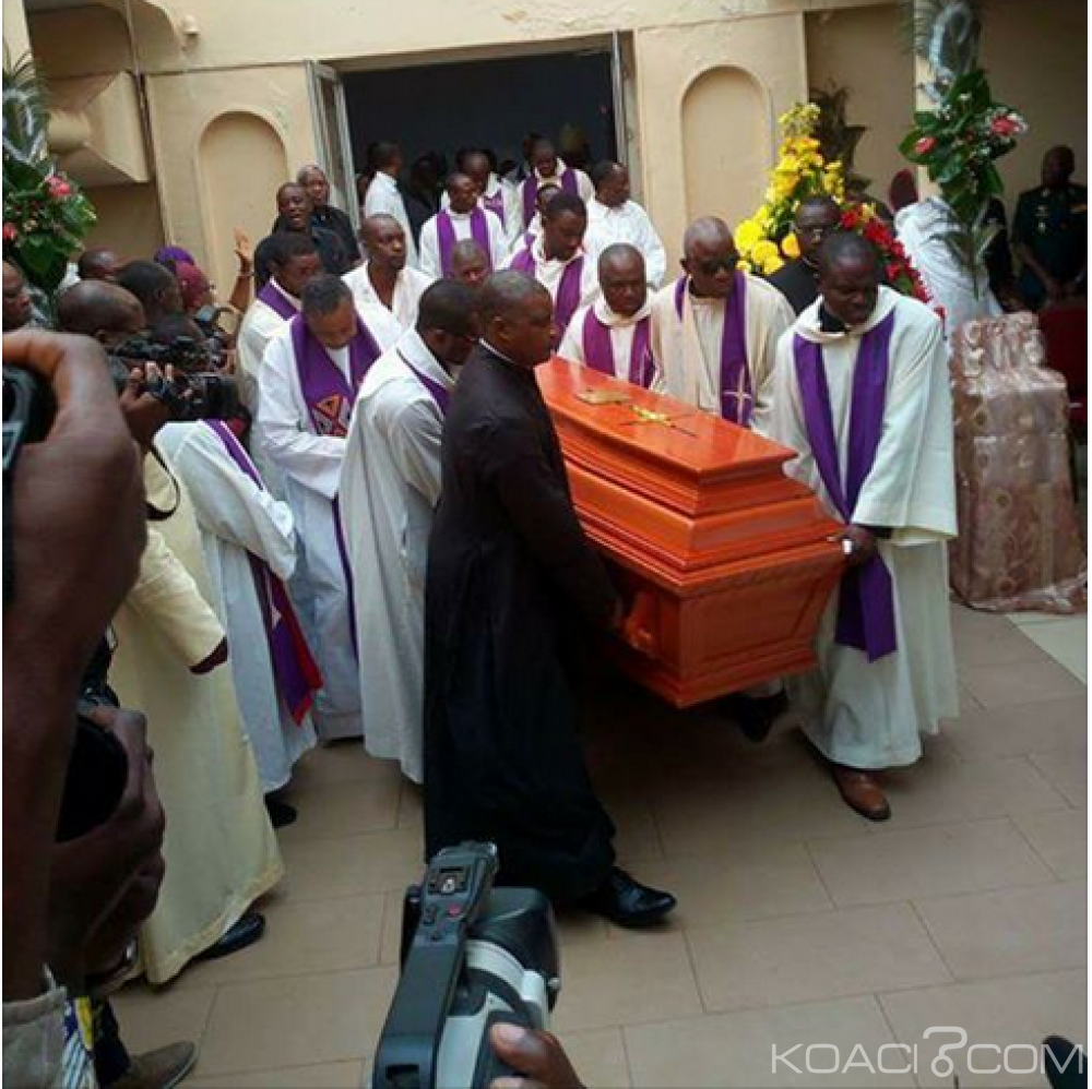 Cameroun: Obsèques de Mgr Bala, les incroyables révélations du célébrant contredisent la thèse de la noyade