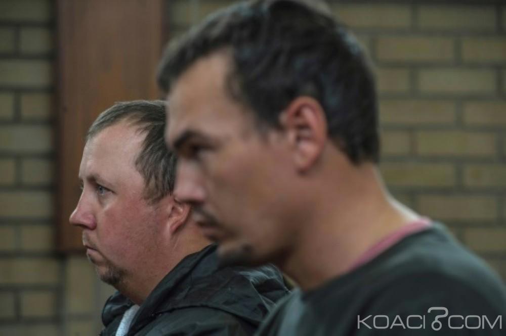 Afrique du Sud: Jeune noir enfermé dans un cercueil, les deux fermiers  jugés coupables de tentative de meurtre