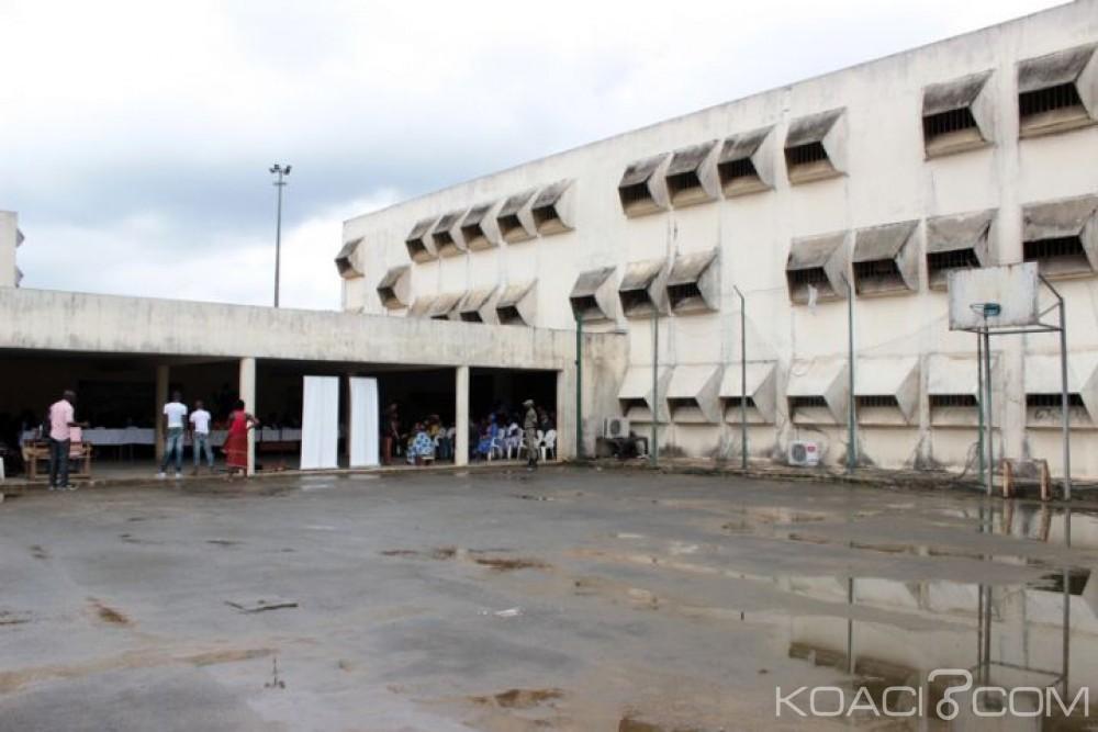 Côte d'Ivoire: Rumeurs de libérations d'étudiants incarcérés infondées, amis et mouvement des indignés leur ont apporté don et soutien moral