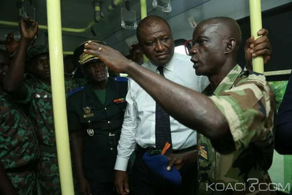 Côte d'Ivoire: Depuis l'ancien camp d'Akouédo, Hamed Bakayoko demande aux militaires de ne pas «suivre tous ceux qui se cachent aux abords des camps»
