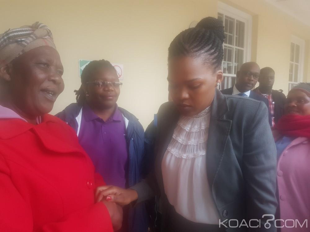 Afrique du Sud:  Abandon des charges contre la «Mama  lionne» accusée d'avoir tué le violeur de sa fille