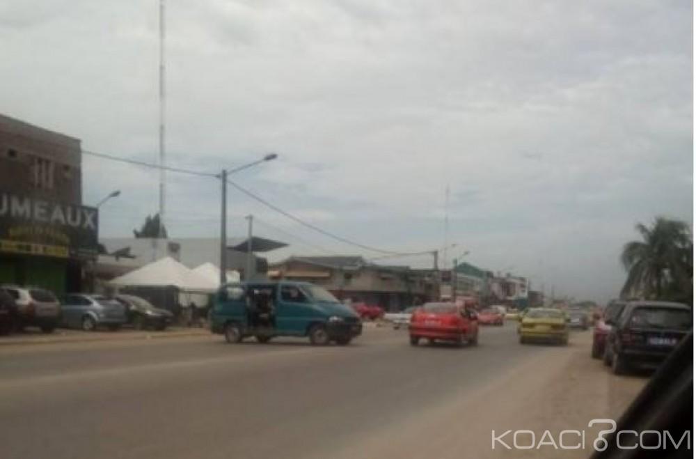 Côte d'Ivoire: Cocody, les gbakas s'invitent dans les quartiers et bravent cette interdiction