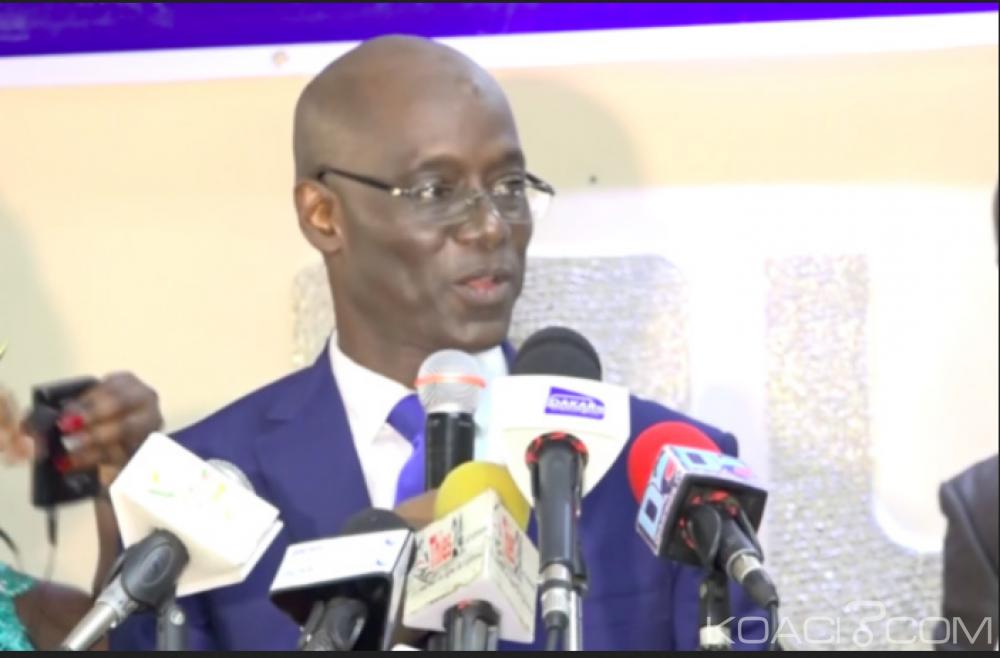 Sénégal: Nième départ dans le camp pouvoir, un autre ex ministre de Sall lance son parti politique