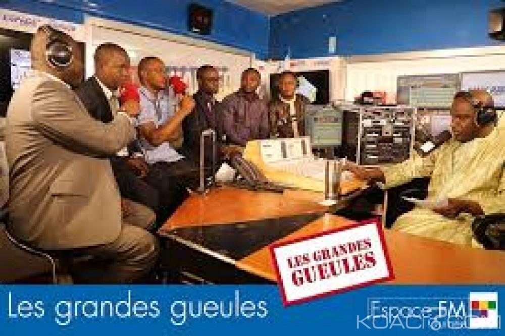 Guinée: La Radio Espace FM à nouveau suspendue après son émission «Les grandes gueules» Show