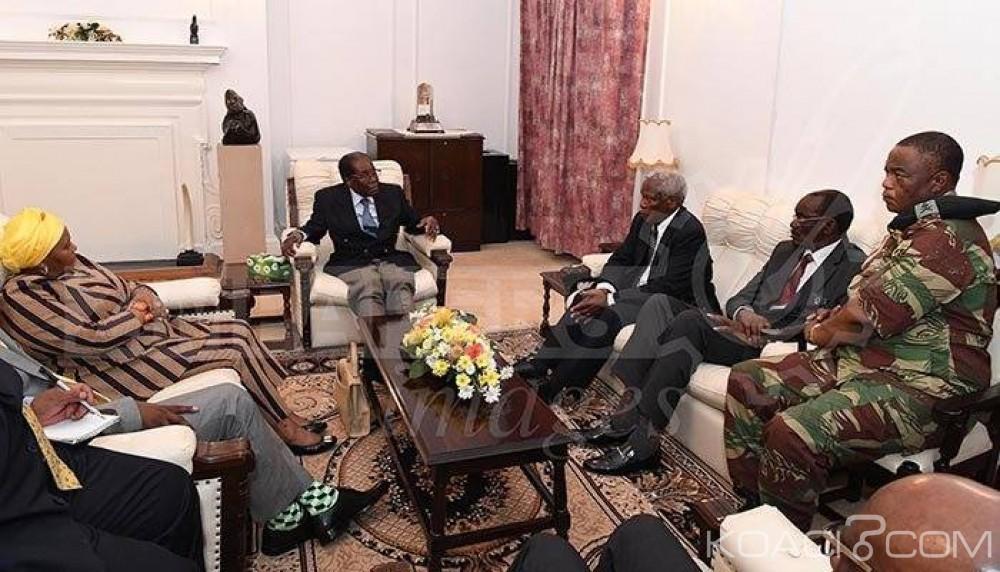 Zimbabwe: L'armée reconnait en Mugabe son «Commander in chief», le vice-Président Mnangagwa de retour
