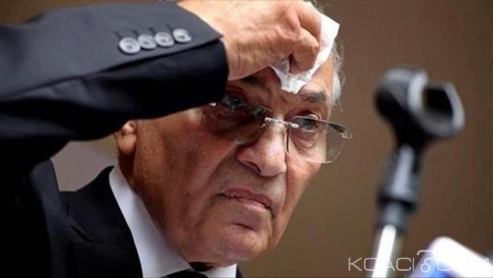Egypte: En exil, un ancien  ministre de Moubarak  se porte candidat à la présidentielle de 2018